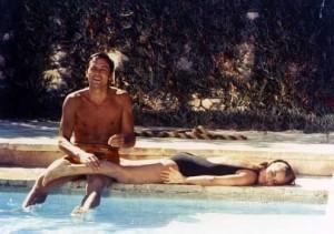 Dites le Alain : Fréquence K s'écoute aussi au bord de la piscine